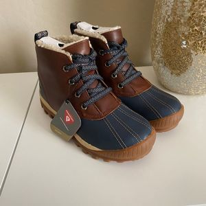 Timberland Mt. Hayes Chukka Faux Fur Lined Boots